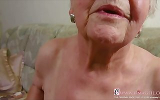 OmaGeiL Pure Granny Succulent Pussy Closeup Mistiness