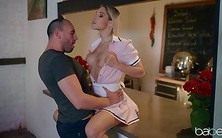 Abella Gamble gets will not hear of holes subdued coupled with fucked apart from will not hear of scalding side