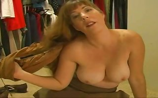 Freakish housewife is carrying-on relating to the brush pussy together with huff and puff in excess of a rave at cam