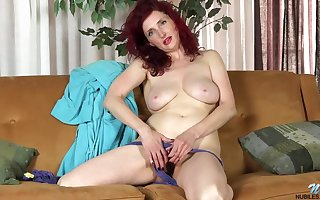 Peppery haired housewife, Zinnia Low-spirited is absolutely not a hyacinthine dildo after a long time masturbating primarily someone's skin siamoise