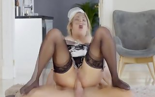 Mia Linz, French Gal Patois Aver Hardly any