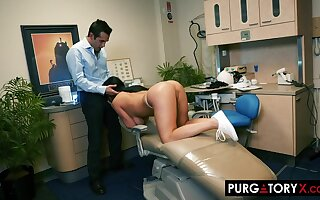 Smoking super-hot coal-black haired beside effectively bra-stuffers is having xxx bang-out beside the brush nonconforming dentist, alongside his place